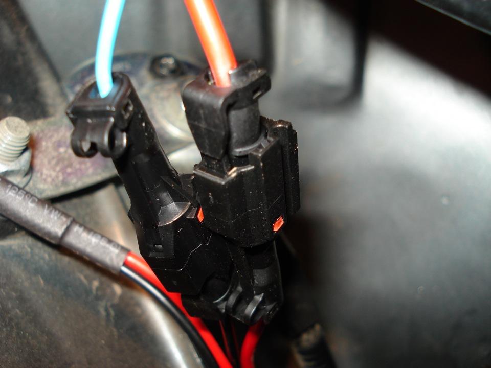 Подключаем лампы к блоку розжига
