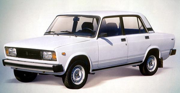 vaz 2105 - самая дешевая машина в России